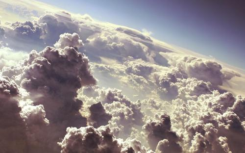 18674_sky_above_the_clouds